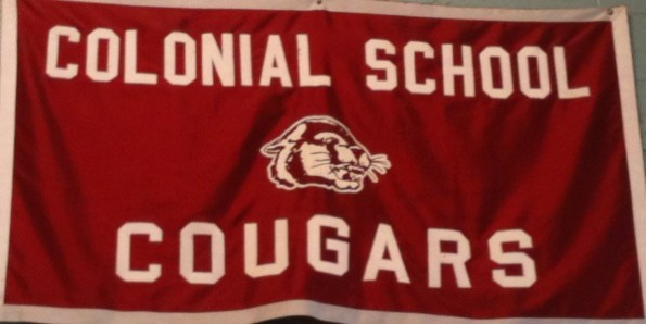 Students vote to return to the old cougar logo as mascot