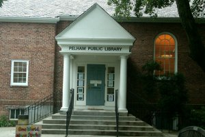 Pelham Library kicks off summer reading with party