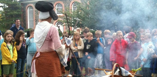 Fifth graders go to St. Paul's for field trip, hear about local battle
