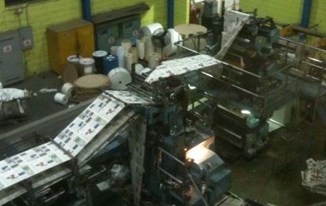 Colonial Times staffers see presses running, learn about production at Herald Community Newspapers