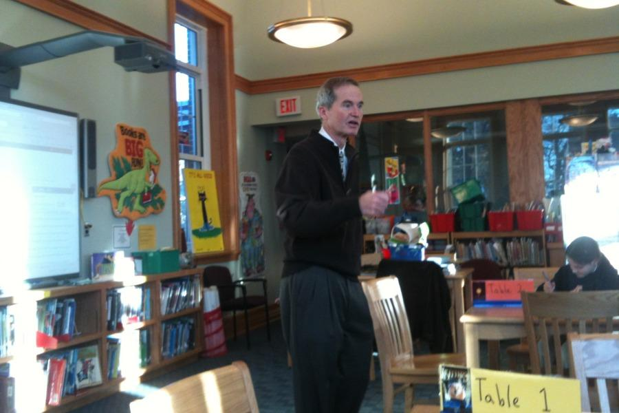 Mr. Greg Farrell, a Colonial parent and journalist at Bloomberg News, spoke about the news business at a Colonial Times meeting.