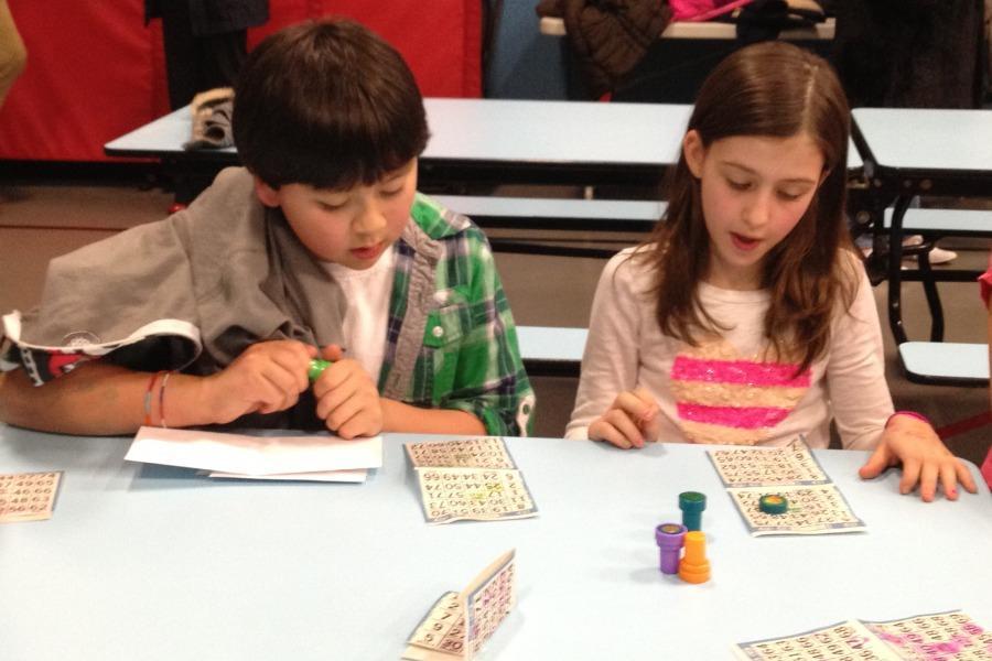Kids+enjoy+Bingo+Night+while+parents+discuss+school+events+at+PTA+meeting