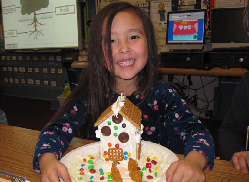 Laura+Gin+displayed+the+gingerbread+house+she+worked+on.