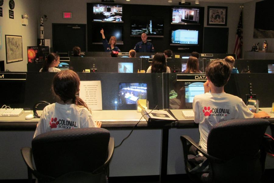 Fifth+grade+students+operated+a+simulated+Mission+Control+Center.