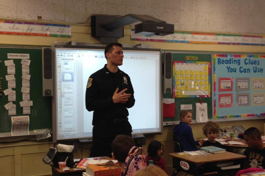 Pelham+Police+Sergeant+Brian+Hendrie+teaches+during+2014.