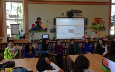 Former editors visit Colonial Times to talk about middle school, newspaper