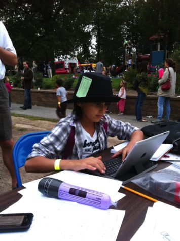 Then news editor Francesca Di Cristofano liveblogs the Colonial welcome back picnic in 2011, wearing a Westchester County Sheriff press pass (from 1982).